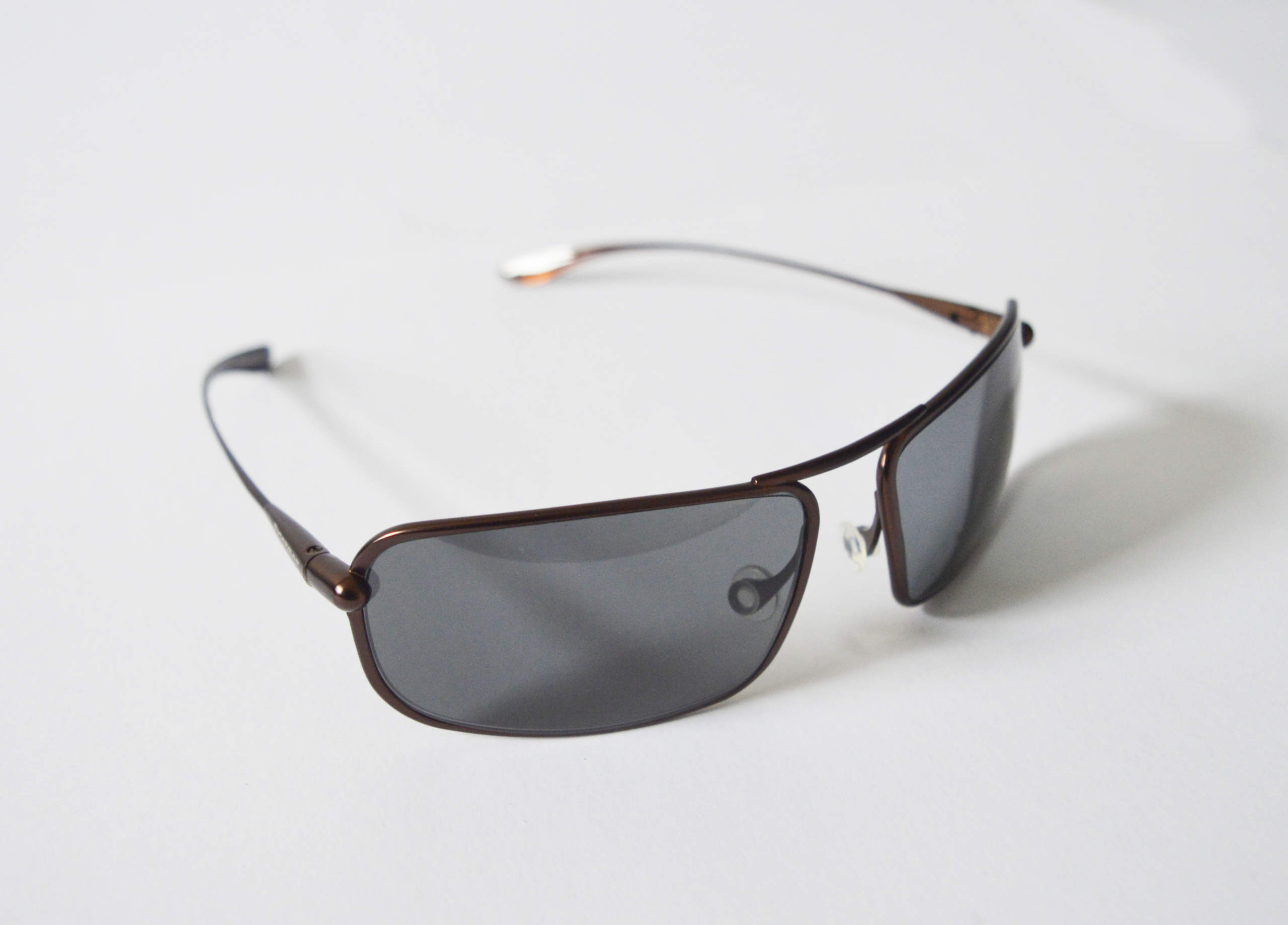 Meso - Brunello Titanium Frame High-Contrast Sunglasses